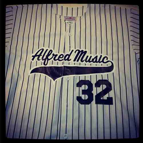 @Alfredmusic #custom full button #pinstriped prostyle #baseball #jerseys with two color team name and baseball tail